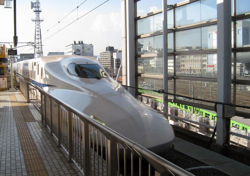 http://www.roadsterdrift.com/home/wp-content/uploads/2009/11/SF_Tokyo09-036.jpg